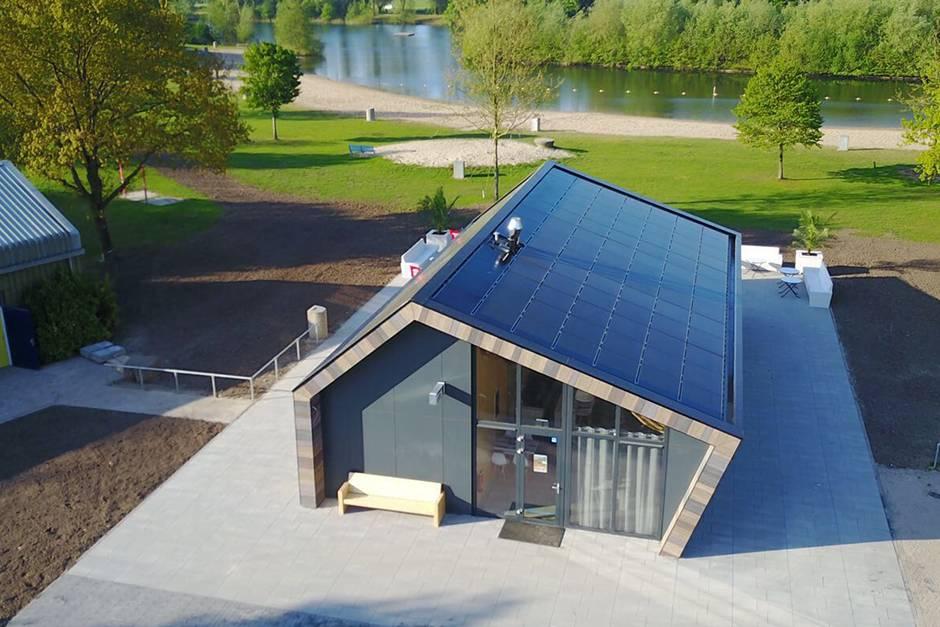 Recreatiegebouw De Meent met indak PV-systeem
